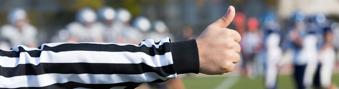 thumbs up referee football
